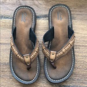 New Clarks Leather Flip Flops
